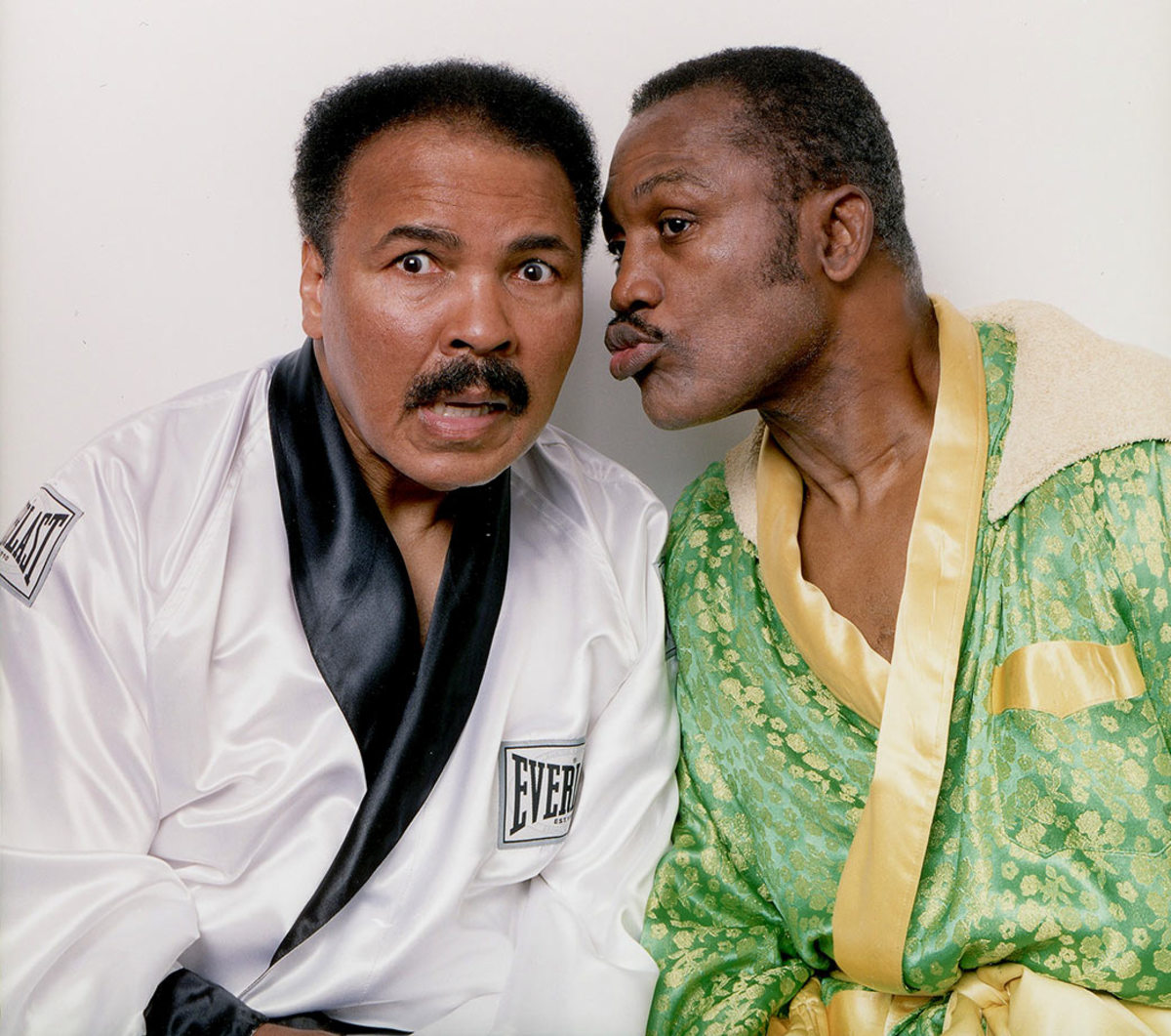 2003-Muhammad-Ali-Joe-Frazier-001175318.jpg