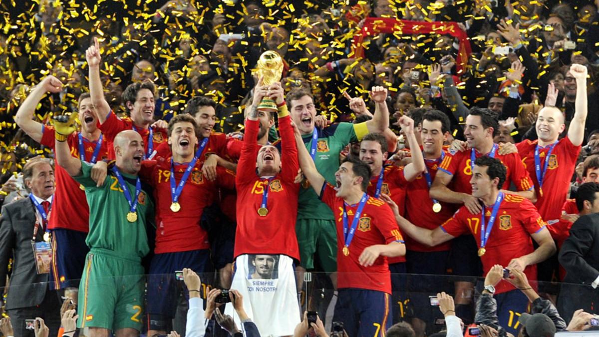 SpainWCTrophy.jpg