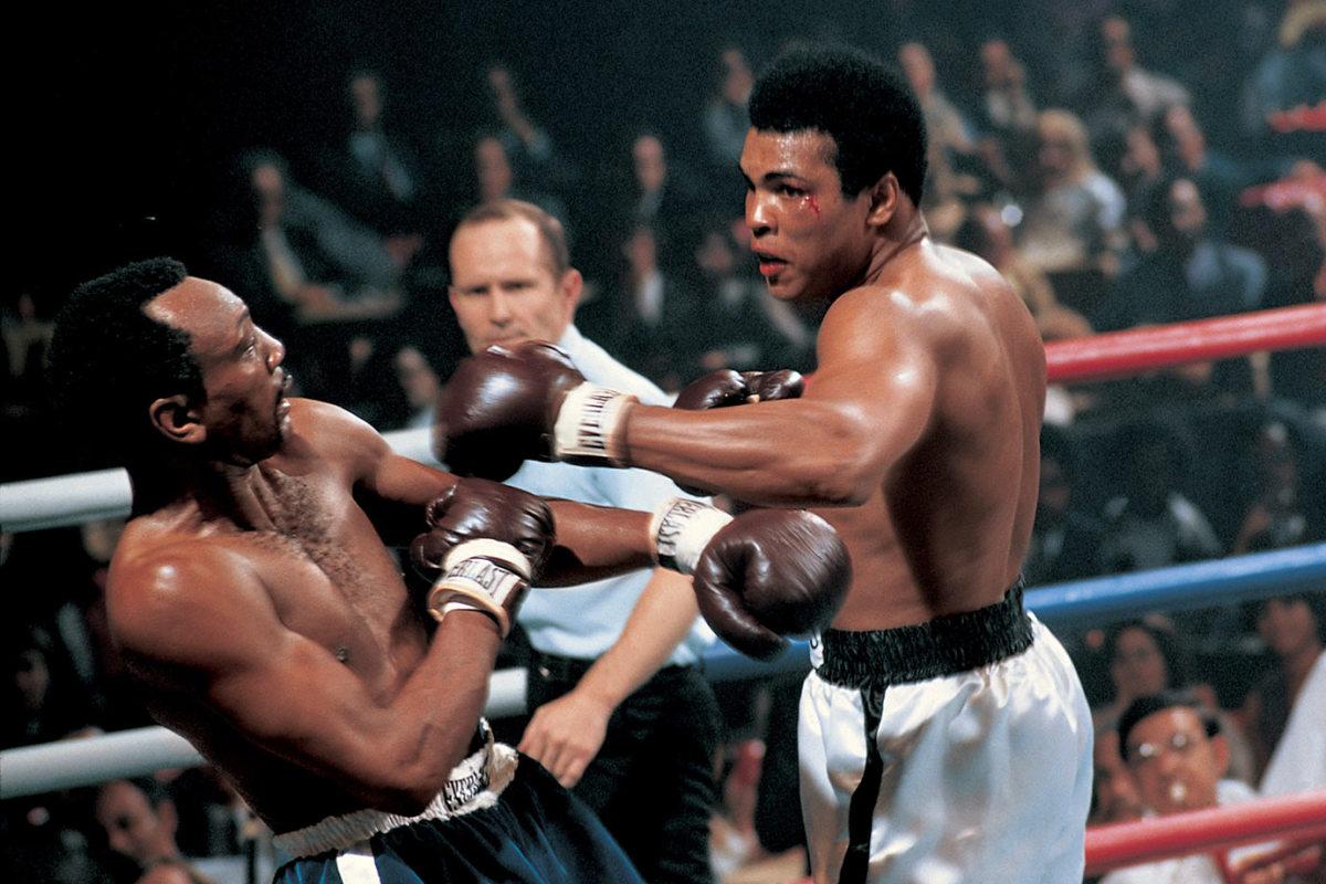 1972-Muhammad-Ali-Bob-Foster-014476414.jpg