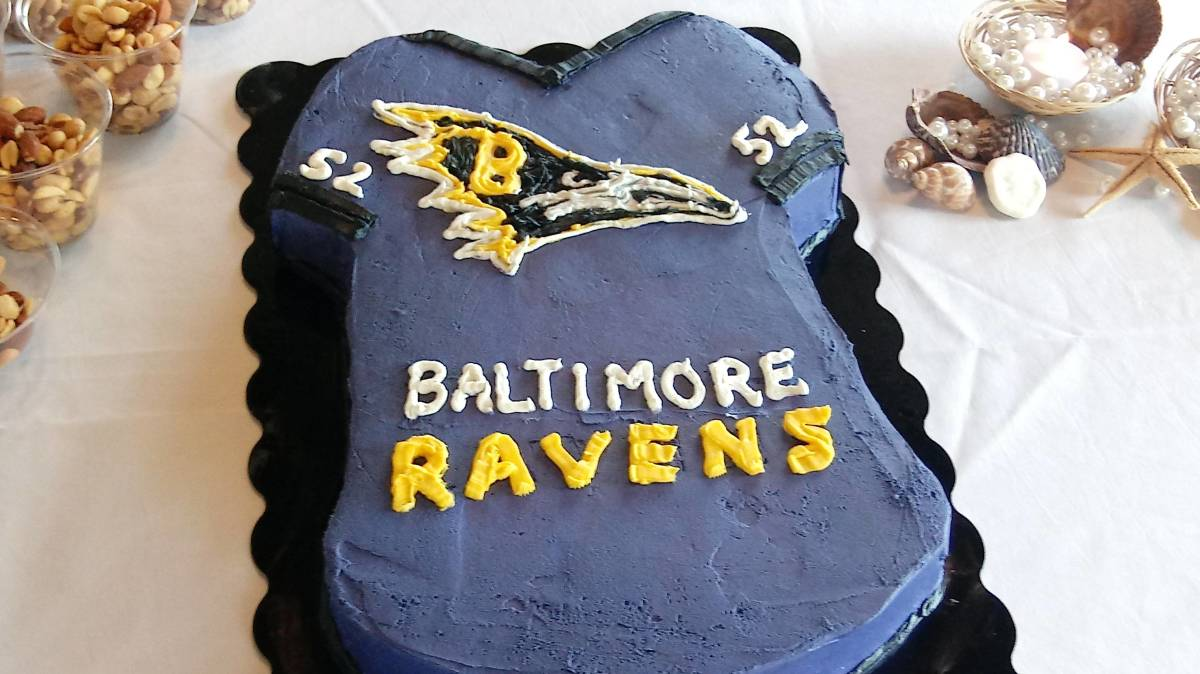 Admirable Ravens Fans Make Hilarious Memes Out Of Cake Logo Photo Sports Personalised Birthday Cards Akebfashionlily Jamesorg