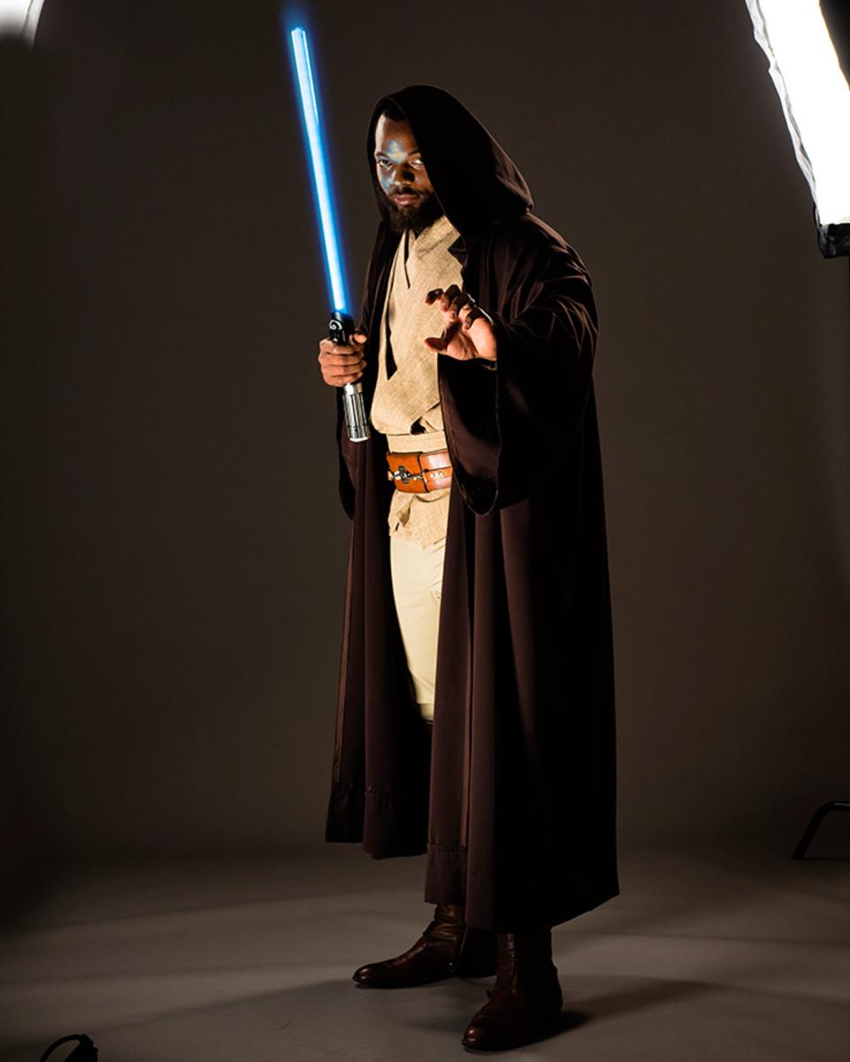Michael-Bennett-Star-Wars-Jedi-X160197_TK1_052_rawfinal.jpg