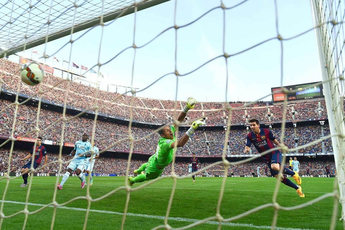2014-0927-Lionel-Messi-goal.jpg