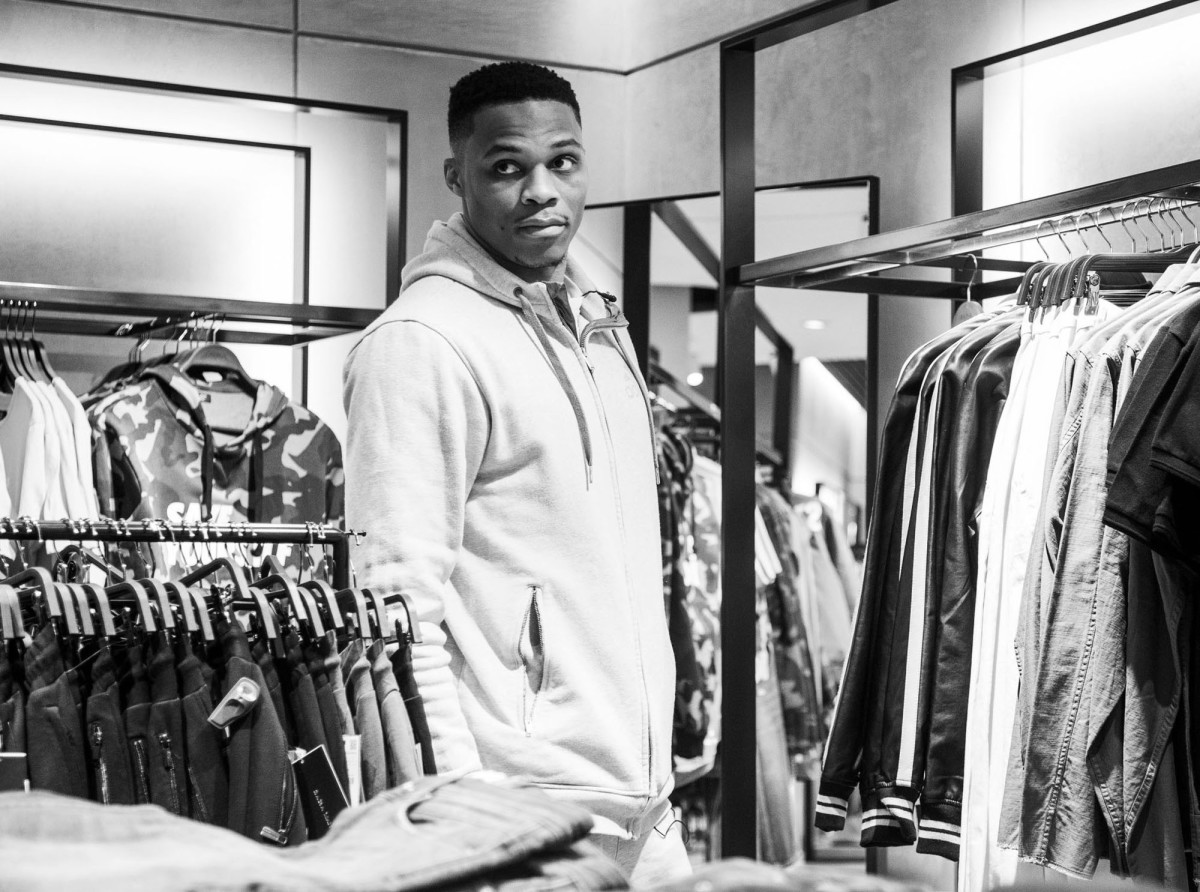 russell-westbrook-shopping-fashionable50.jpg