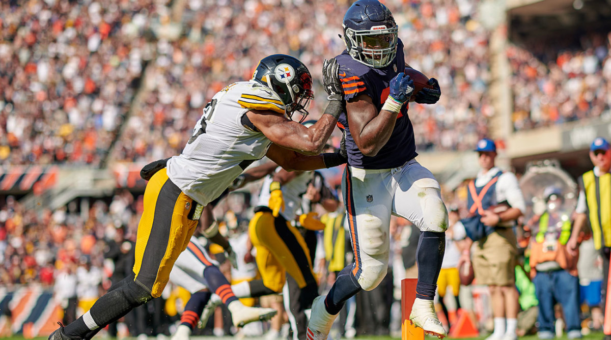 Running back Jordan Howard helped the Chicago Bears get their first win with an overtime touchdown.
