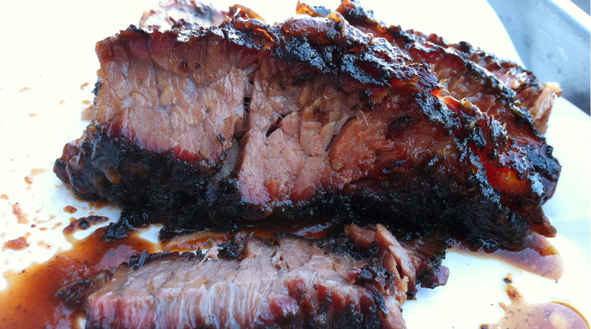 Even though it's located in Chicago, Smoque would succeed in any of America's barbecue capitals.