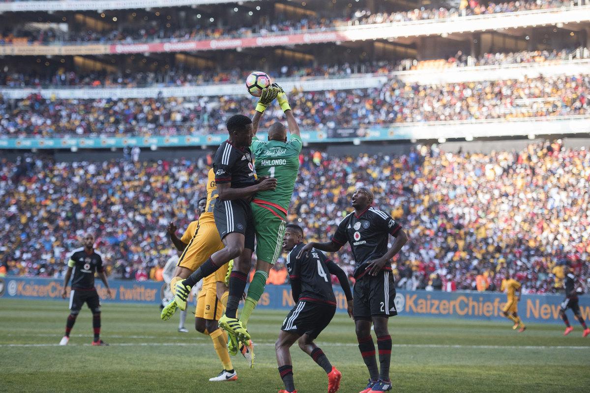Kaiser-Chiefs-Orlando-Pirates-Soweto.jpg