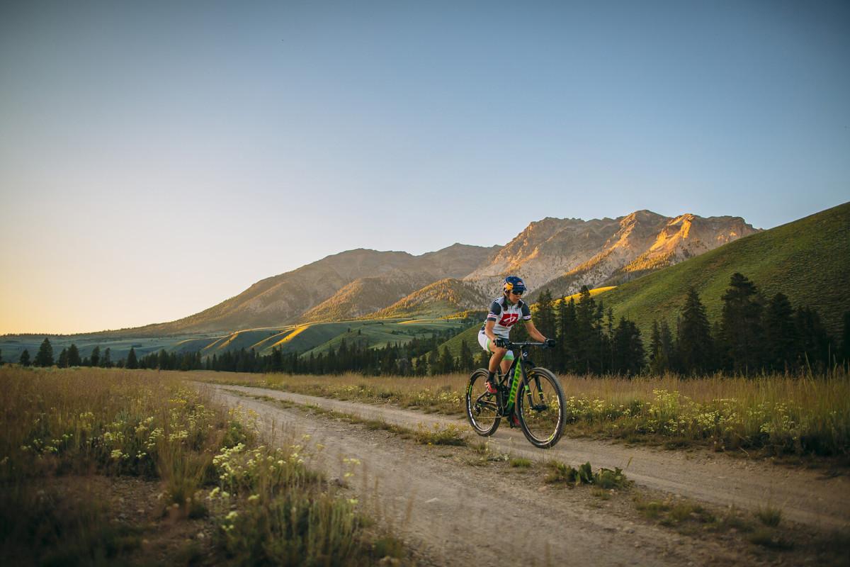 rebecca-rusch-mountain-bike1.jpg