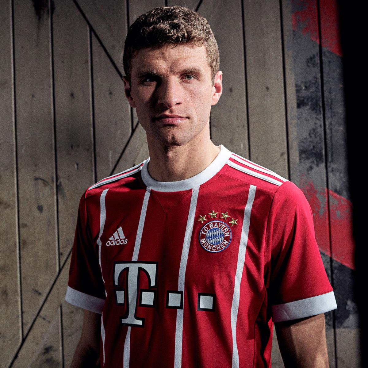 Muller-Bayern-Jersey-Gallery.jpg