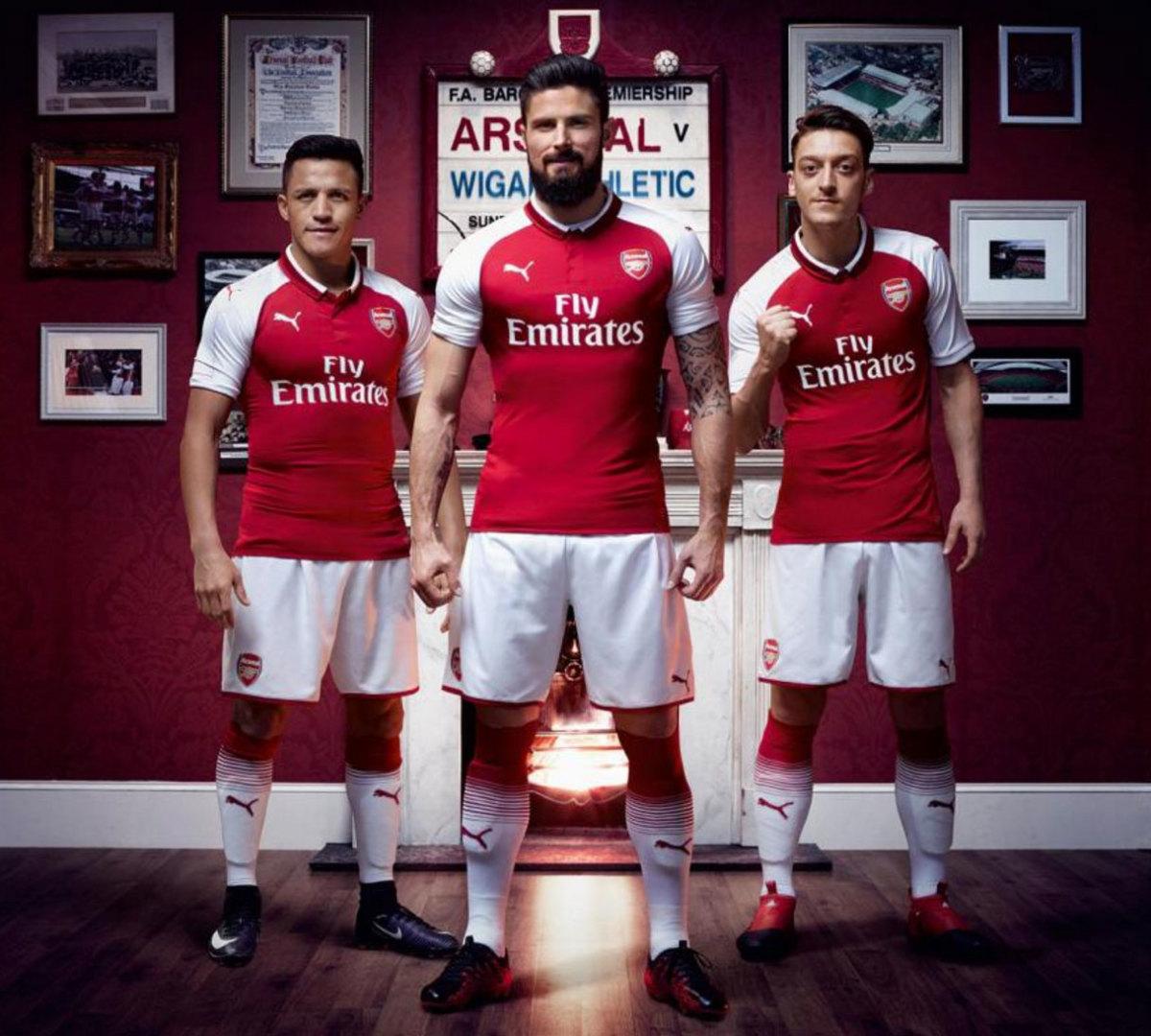 New-Arsenal-Kit-Puma.jpg