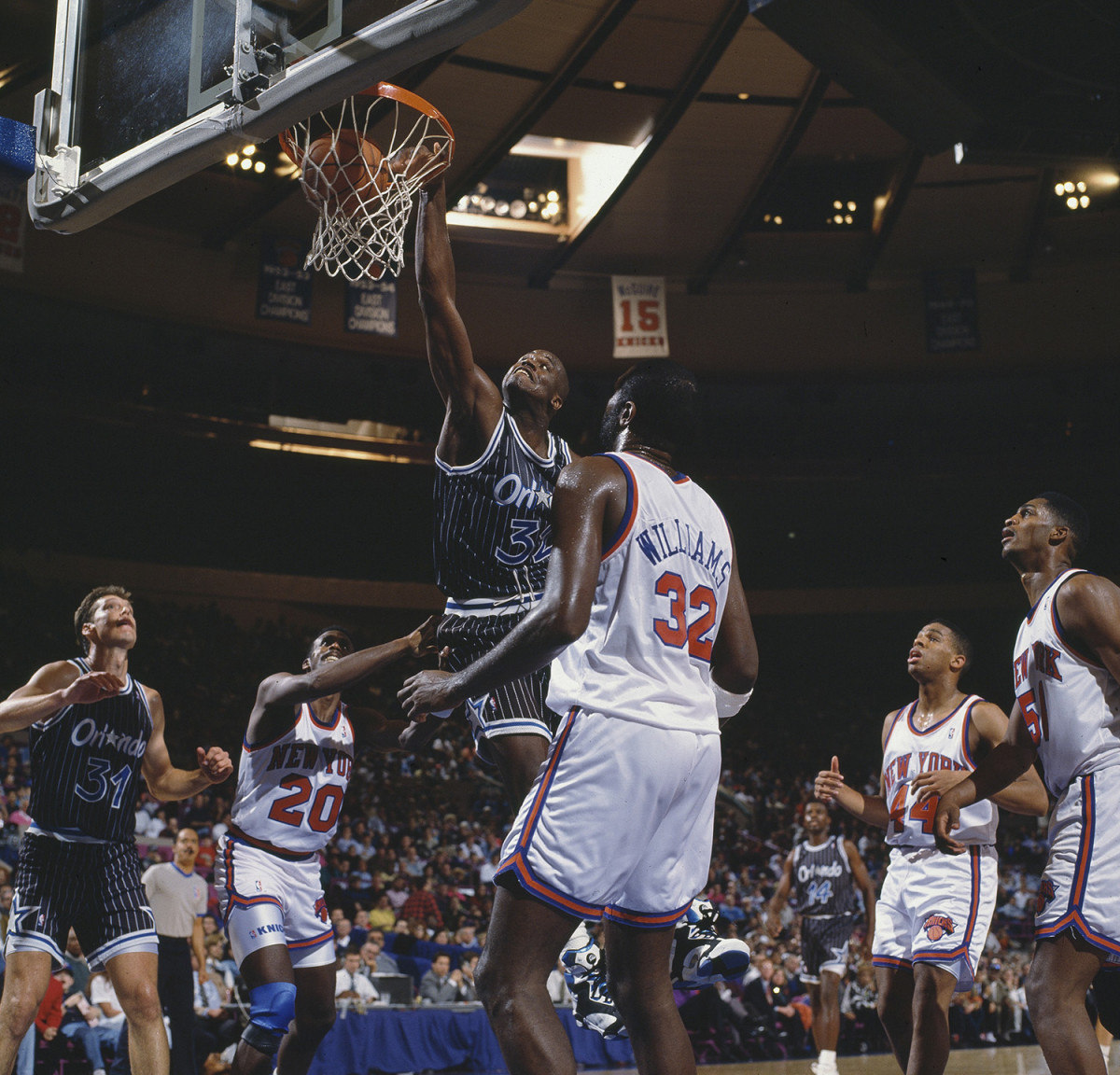 Shaquille O'Neal dunk msg.jpg