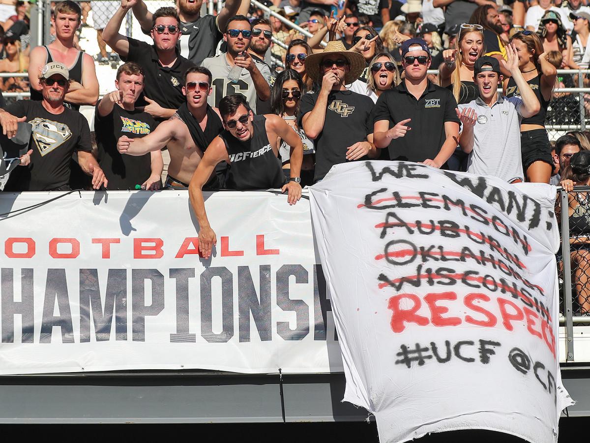 ucf-football-fans-respect-sign-inline.jpg