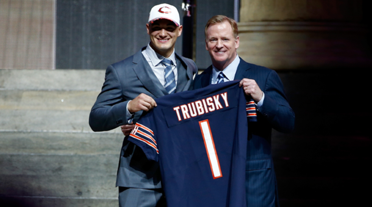mitchell-trubisky-roger-goodell-nfl-draft-650-362.png