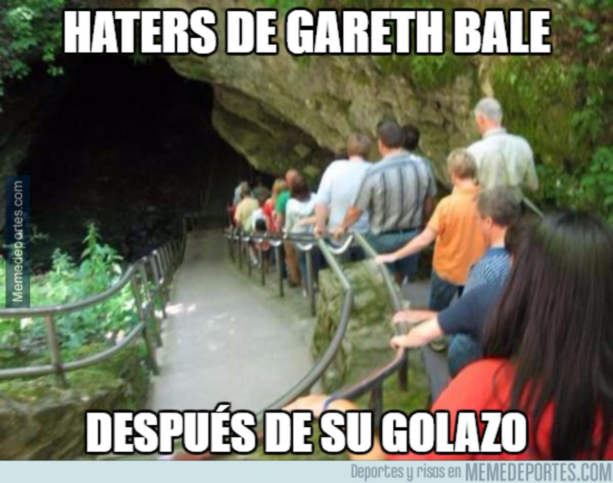 1001026 - Gareth Bale callando bocas