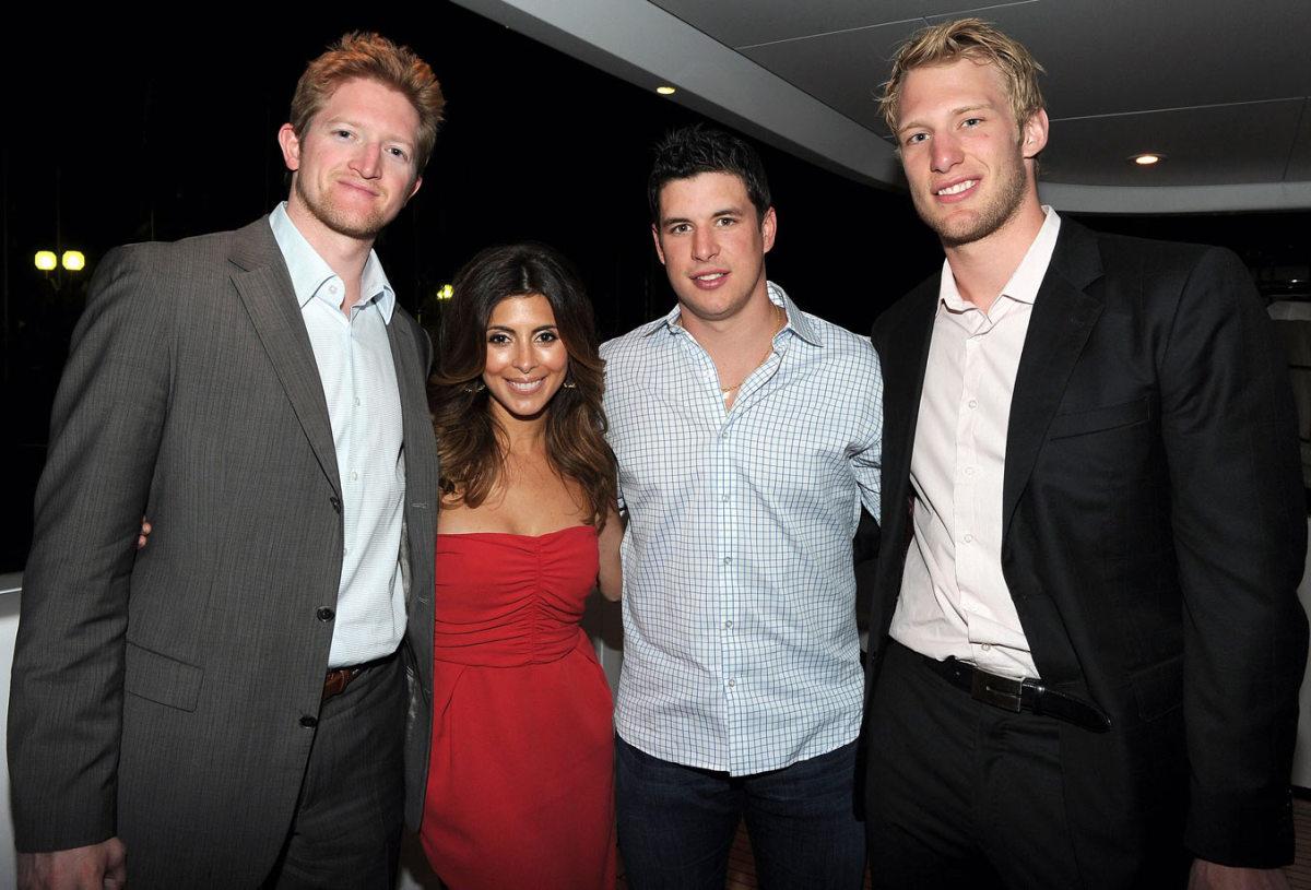 2011-Paul-Martin-Jamie-Lynn-Sigler-Sidney-Crosby-Jordan-Staal.jpg
