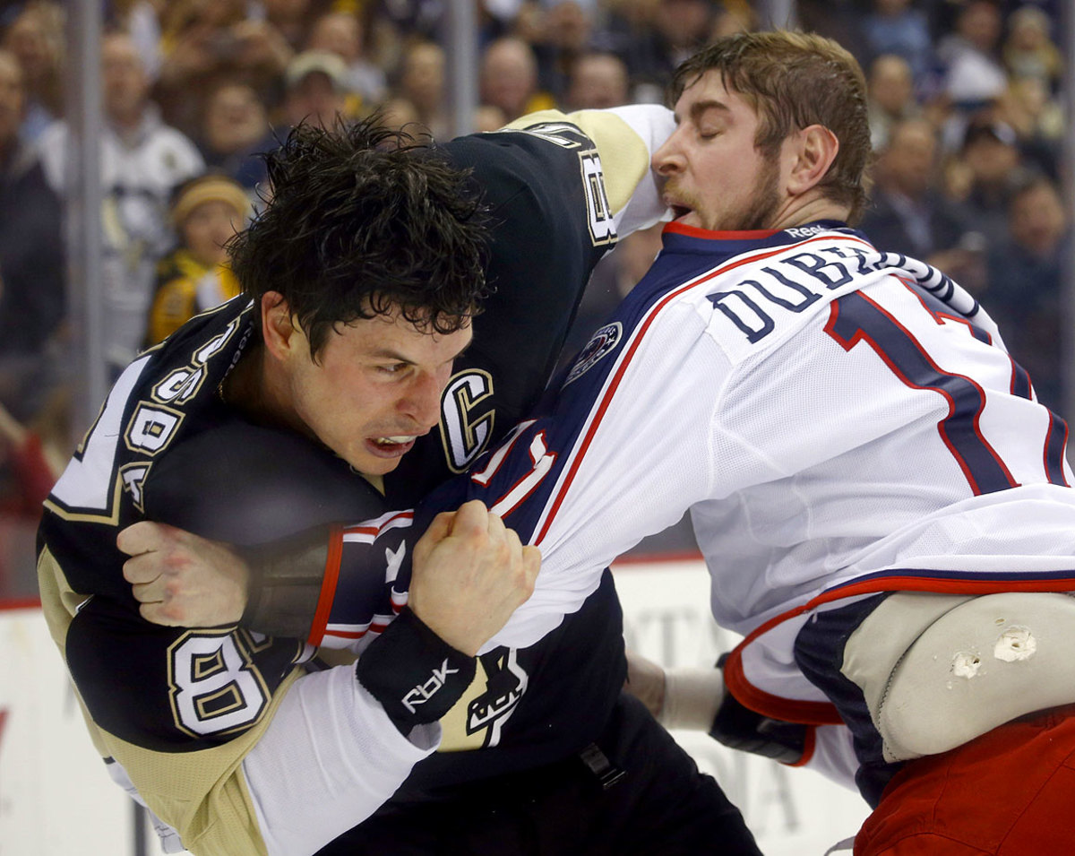 2015-Sidney-Crosby-Brandon-Dubinsky-fight.jpg
