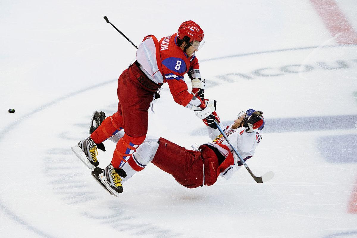 2010-Alex-Ovechkin-Jaromir-Jagr-oppi-14991.jpg