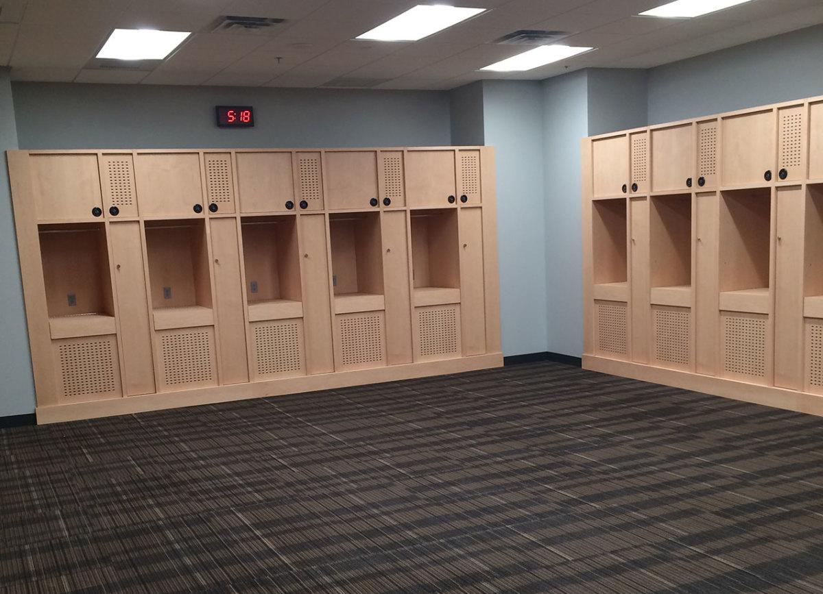 Vegas-arena-basketball-locker-room-1274.jpg