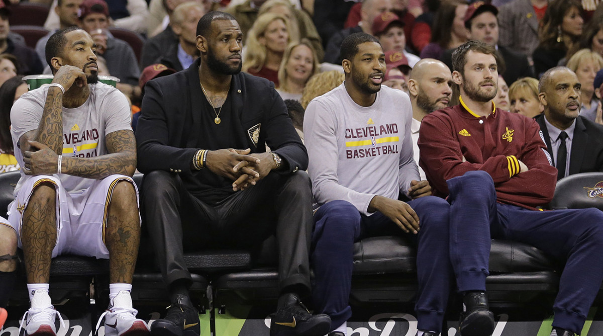 lebron-james-rest-clippers.jpg