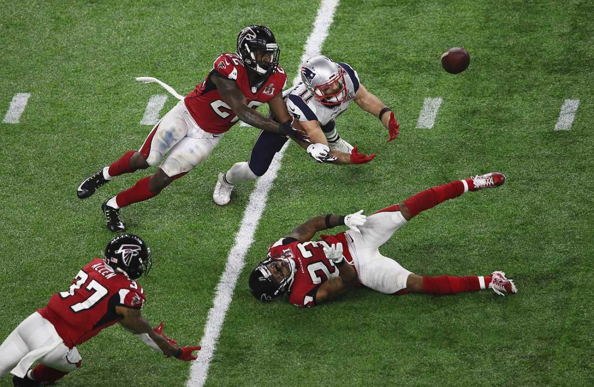 Edelman's Super Bowl Catch: Gravity-Defying, History-Making - Sports  Illustrated