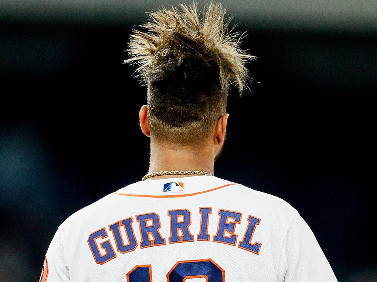 yuli-gurriel-hair-behind.jpg