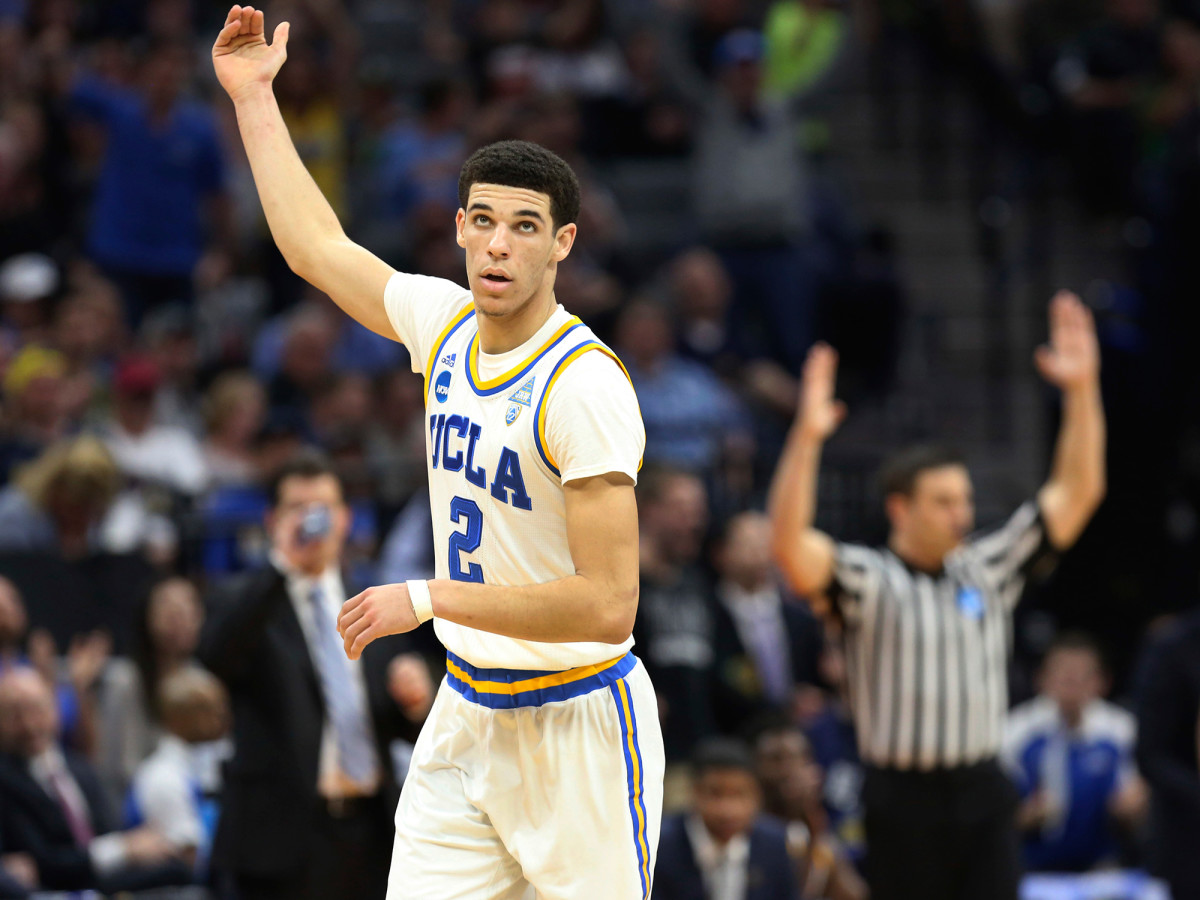 lonzo-ball-celebrates.jpg