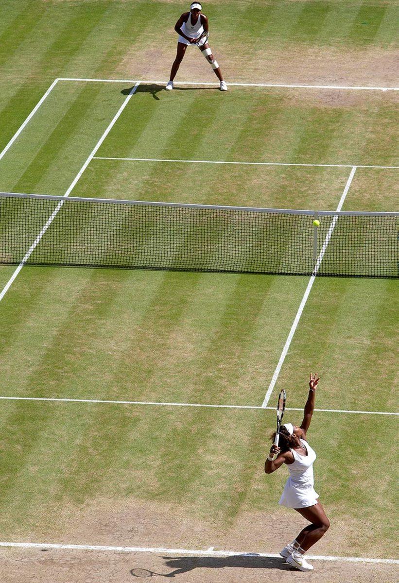 2009-0704-Venus-Serena-Williams-opi1-45264.jpg