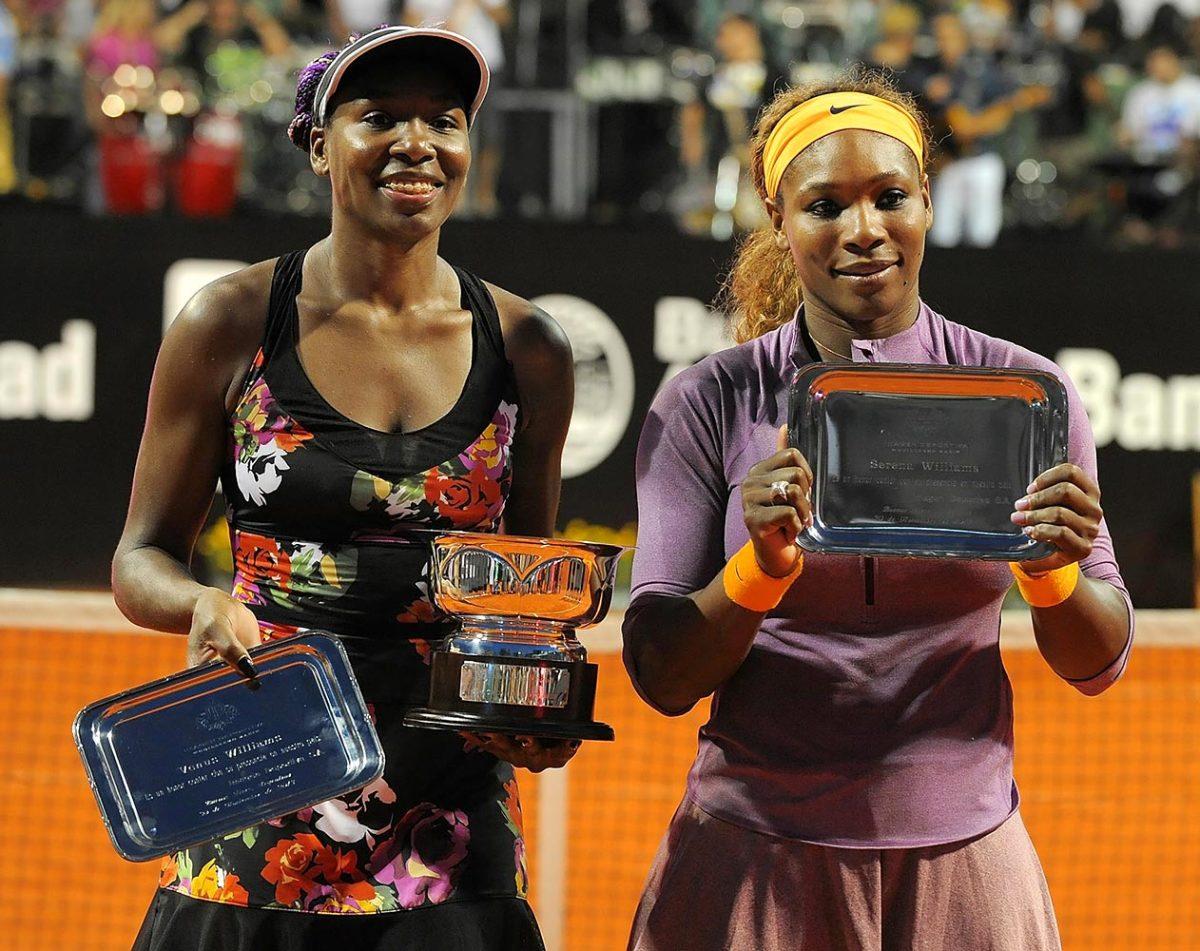 2013-1130-Venus-Serena-Williams.jpg