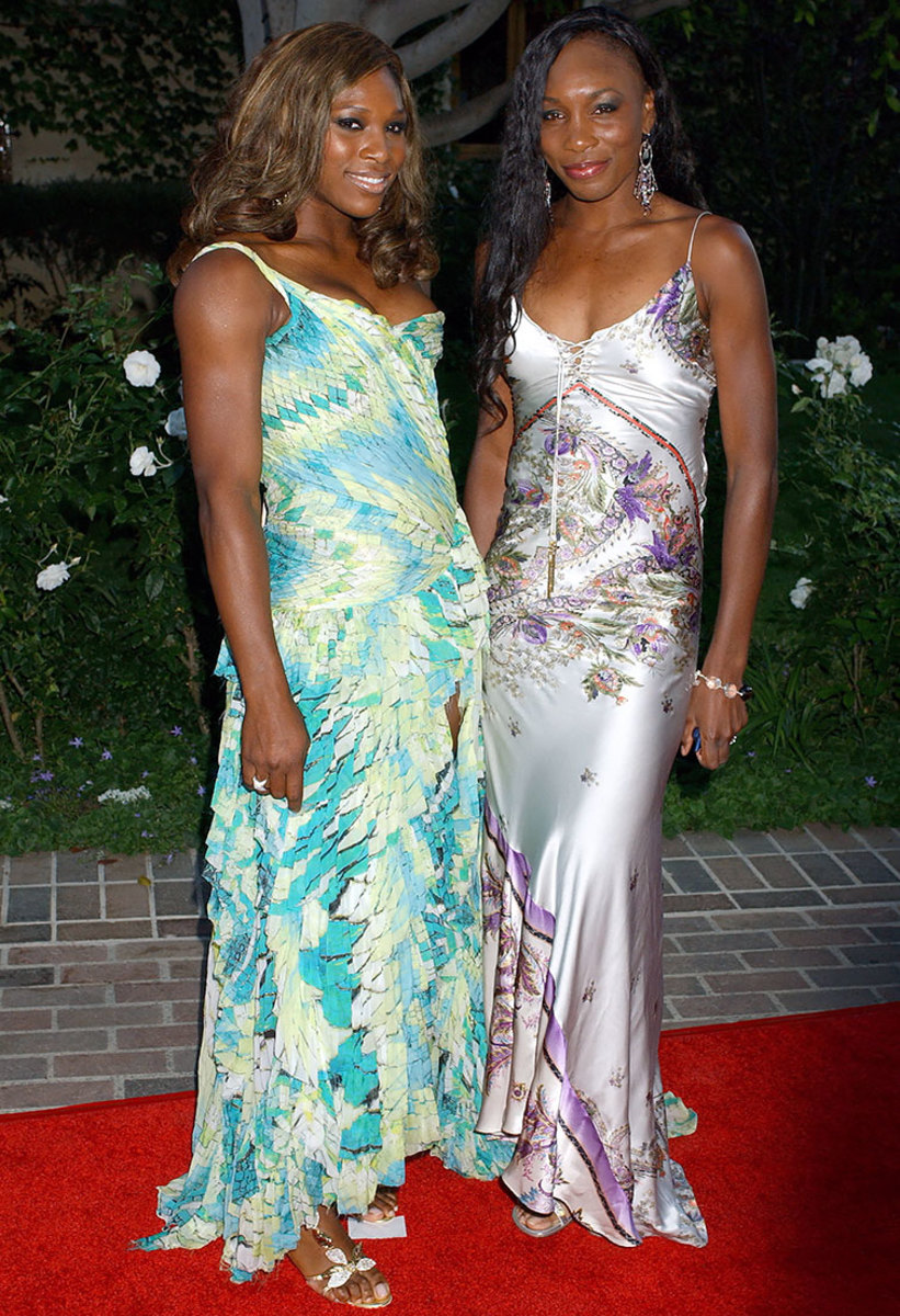 2004-0710-Serena-Venus-Williams.jpg