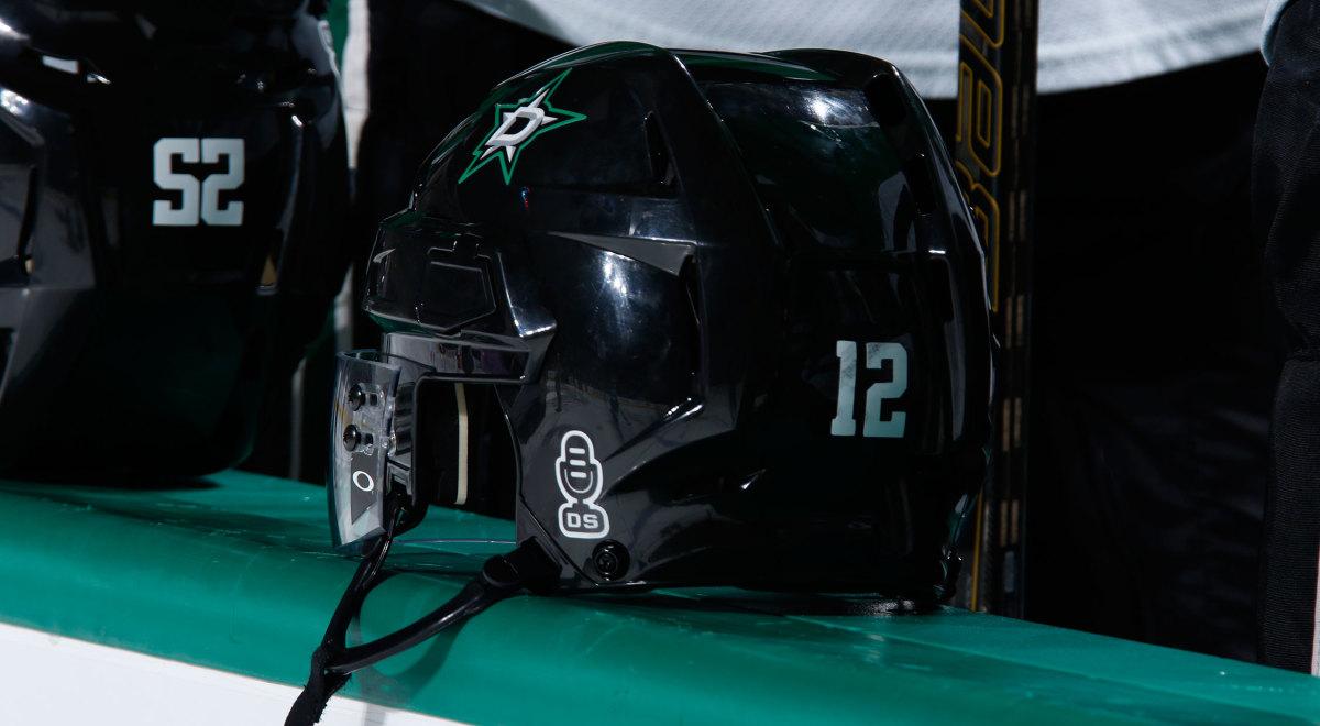 dave-strader-stars-helmet-sticker.jpg