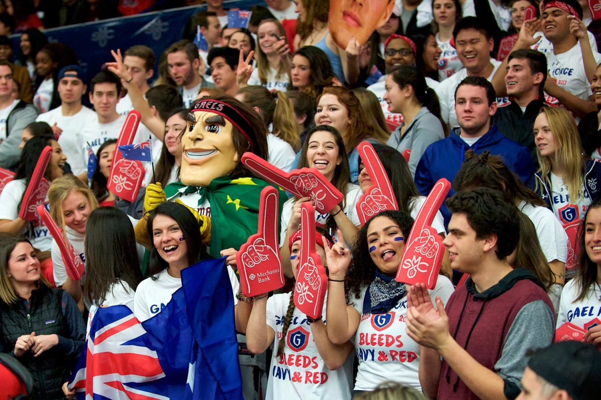Saint-Mary's-Gaels-fans-GettyImages-632945770_master.jpg
