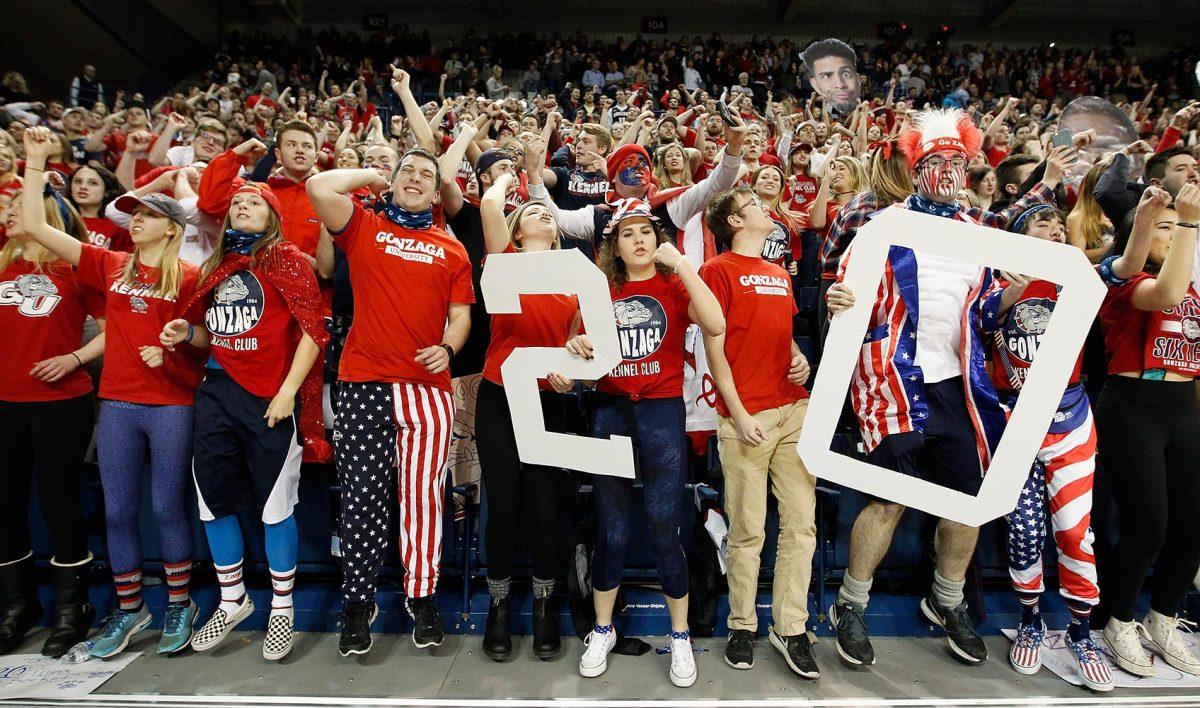 Gonzaga-Bulldogs-fans-632808858.jpg