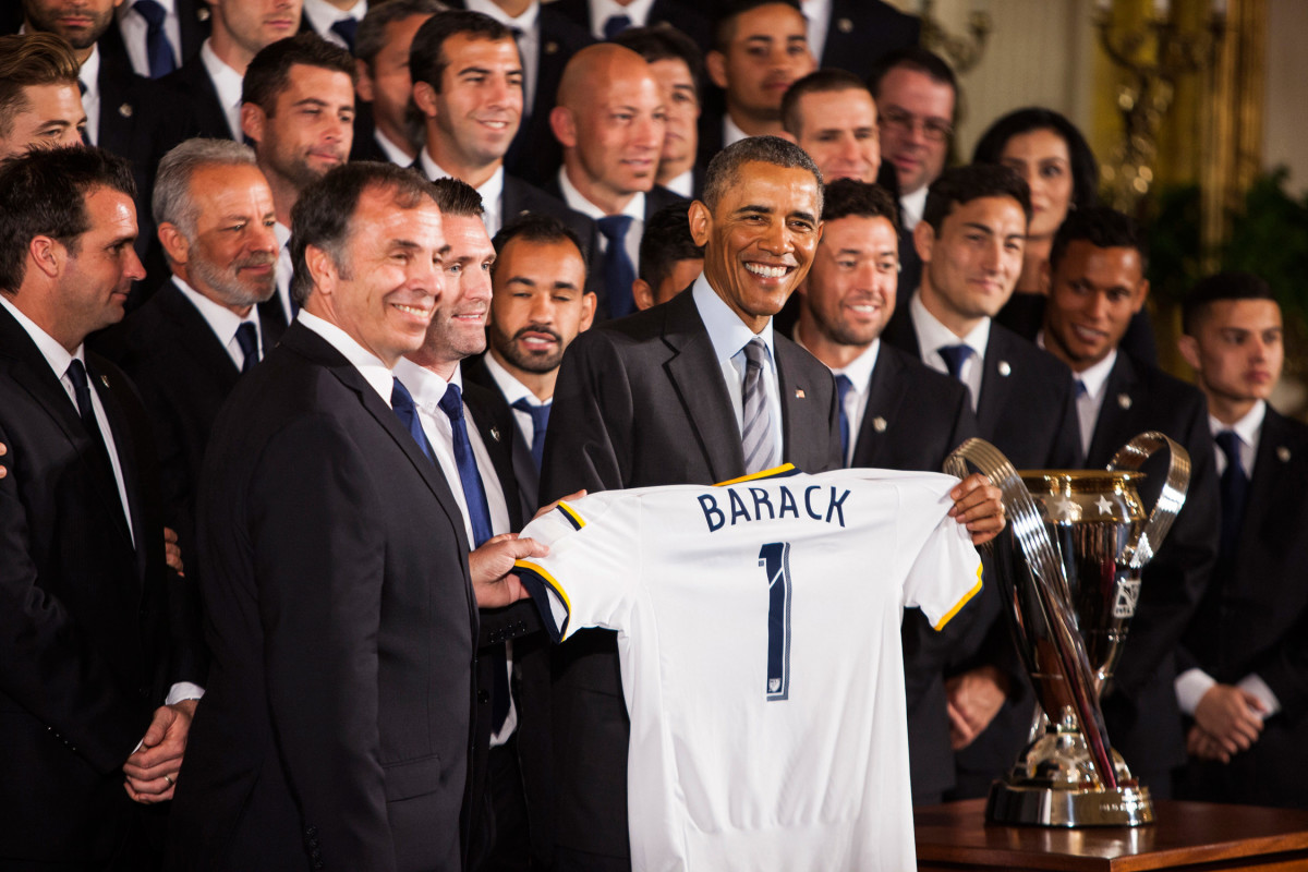 Obama-Galaxy-Gallery-1.jpg