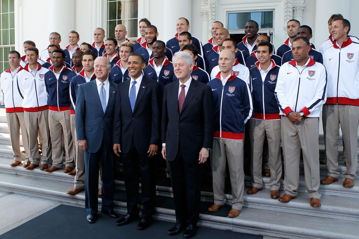 Obama-USMNT-2010-South-Africa-WC.jpg