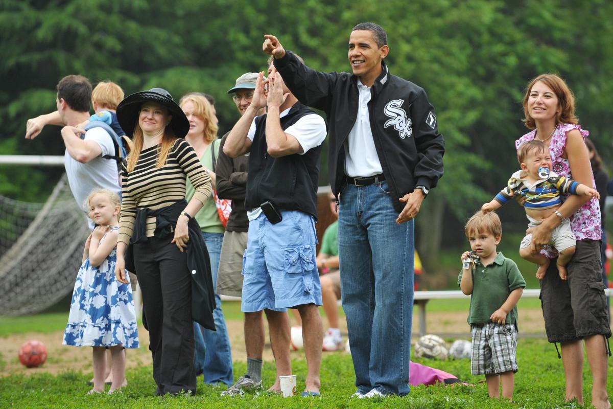 Obama-Daughter-Soccer-Gallery.jpg