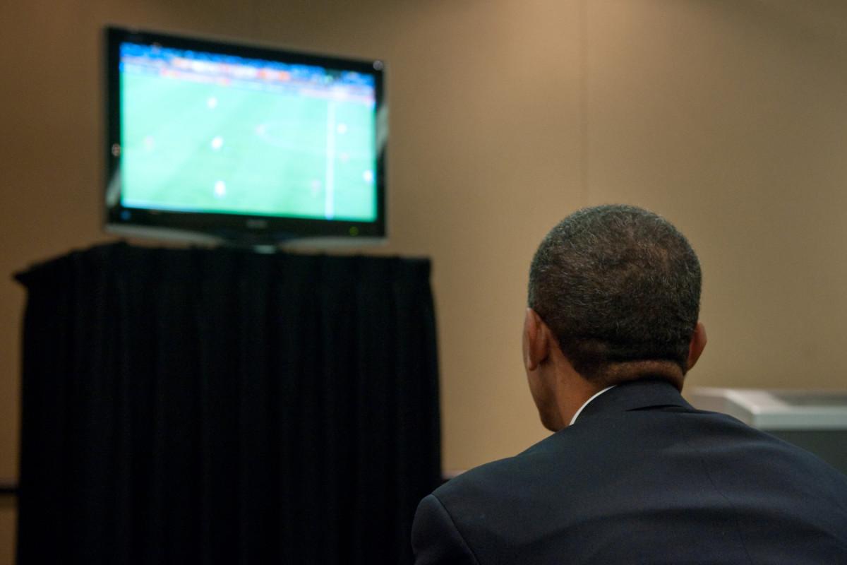 Obama-USMNT-Ghana-Gallery.jpg