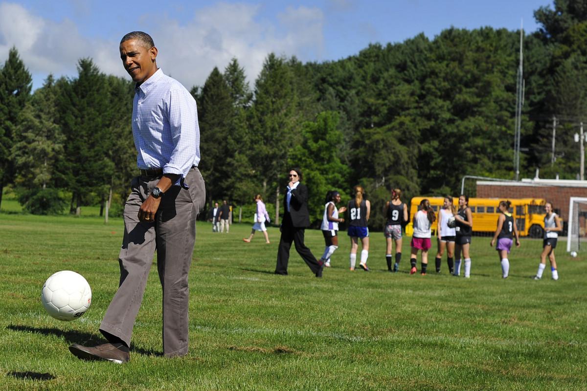 Obama-Soccer-HS-NY.jpg