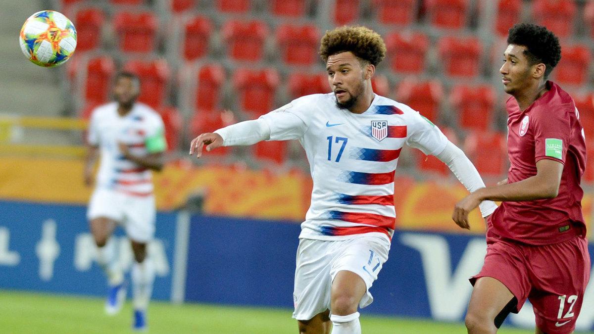 Konrad de la Fuente plays for the USA at the U-20 World Cup