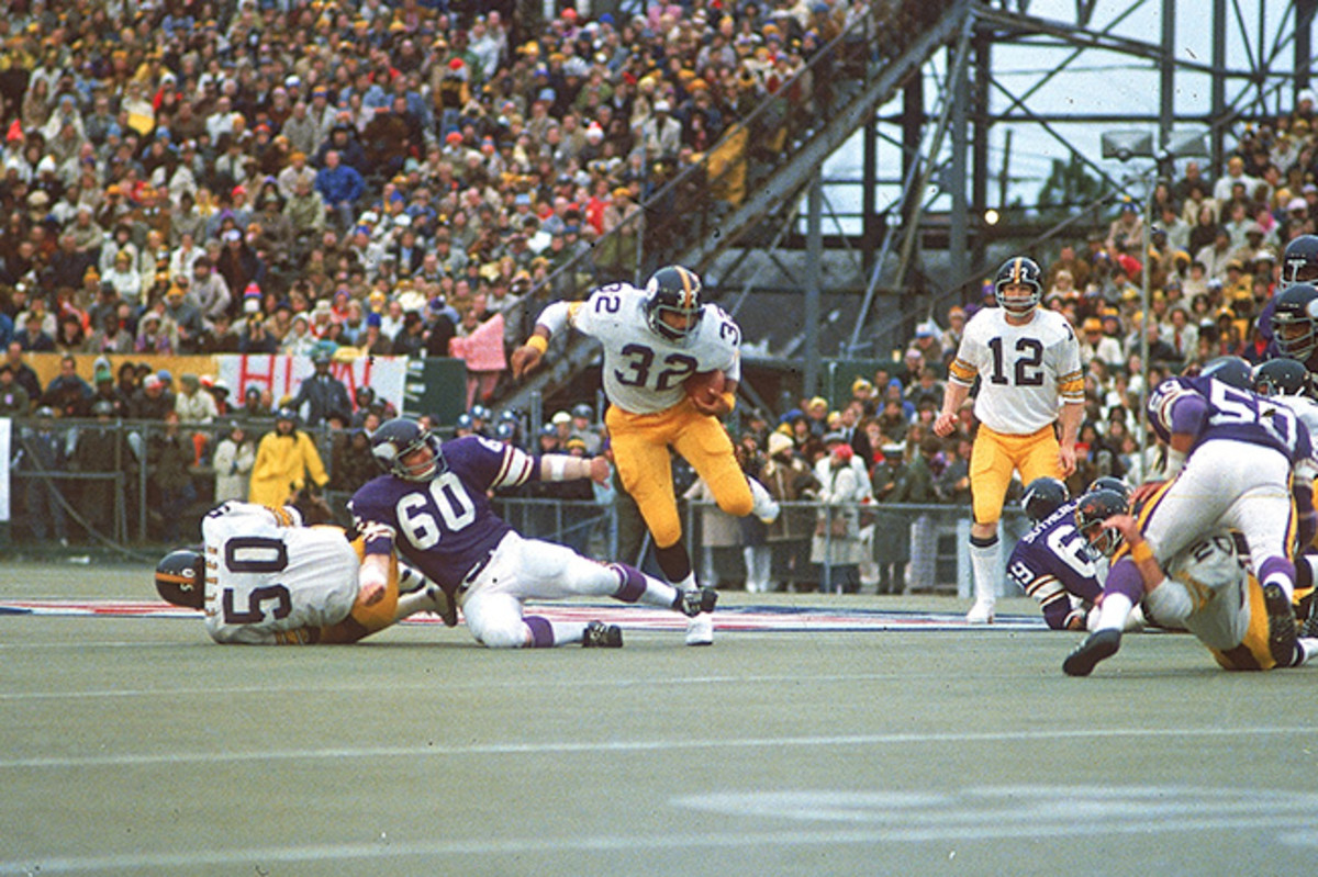 Harris rushed for 158 yards in Super Bowl IX, which still stands as the fourth-largest rushing total in Super Bowl history.