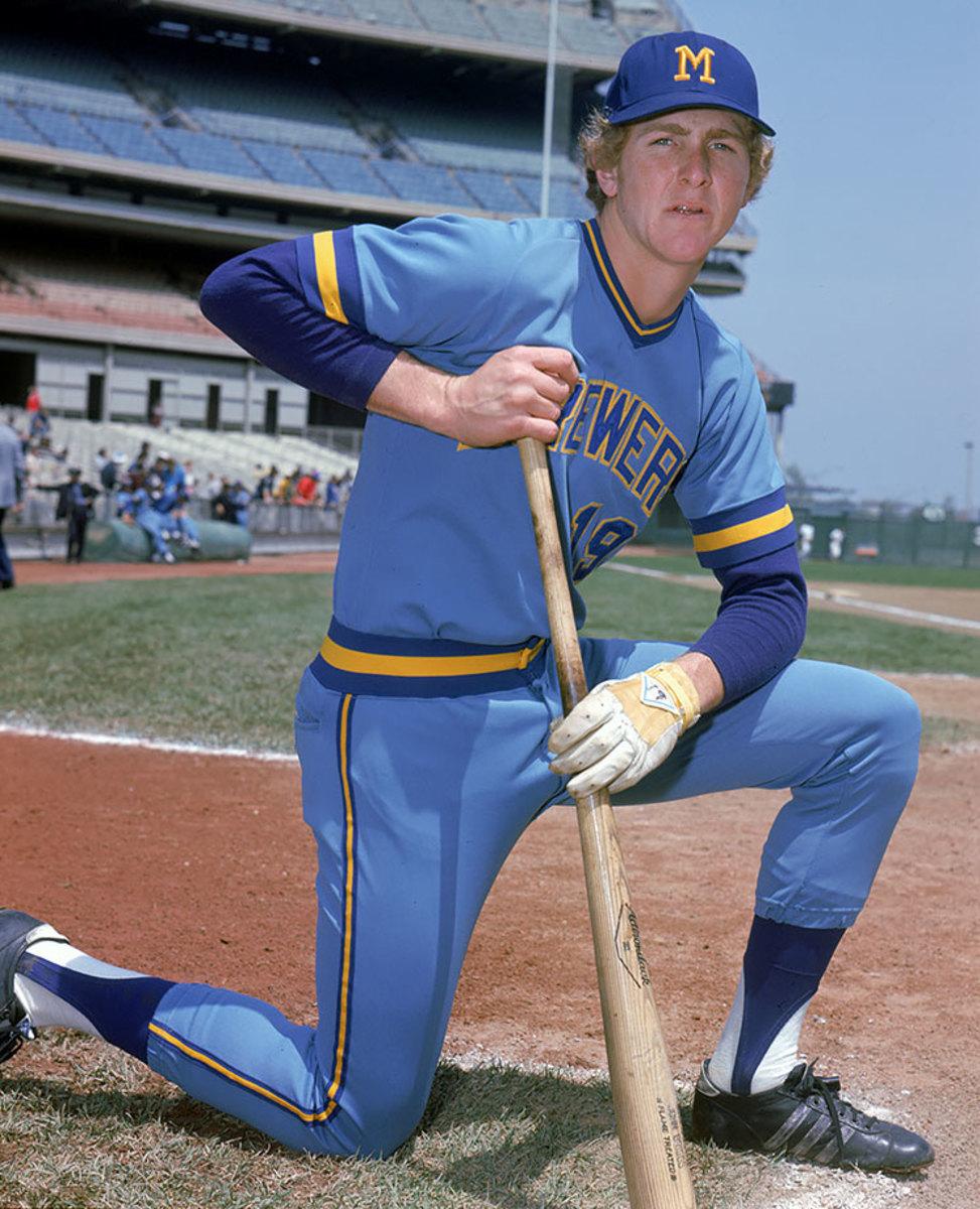 1974-Milwaukee-Brewers-Robin-Yount.jpg