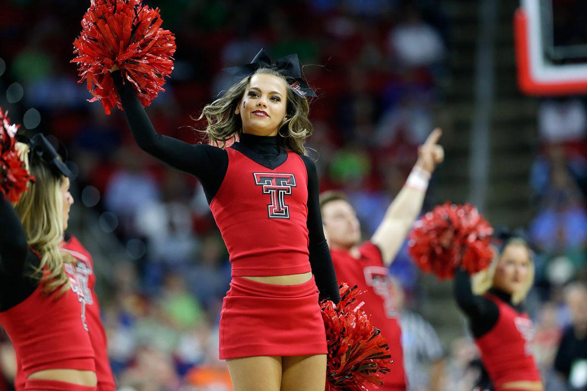 Texas-Tech-cheerleaders-7586dad419554a15a11f1ec67e2b71f3-0.jpg