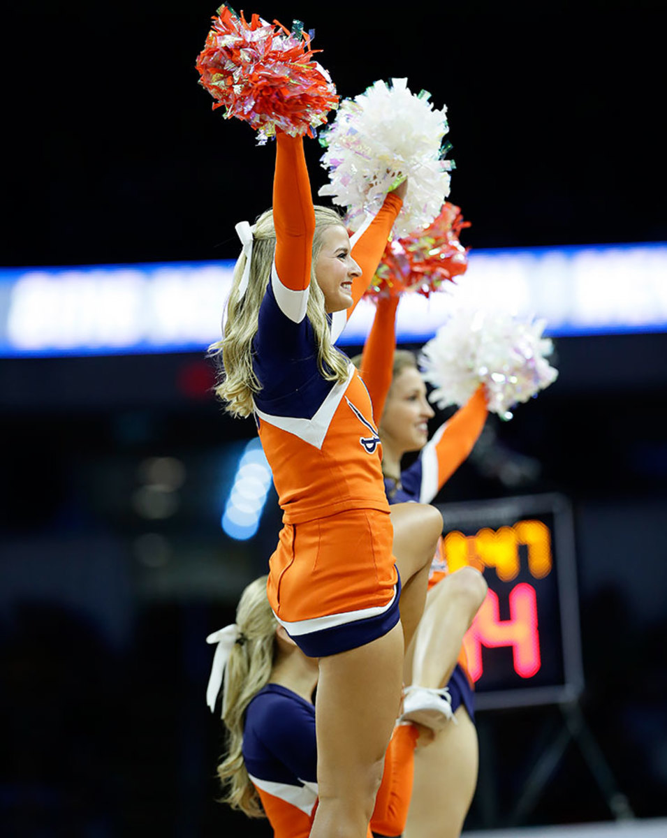 Virginia-cheerleaders-93fb662d6ded4c1aaa5a5920ba2fd8a5-0.jpg