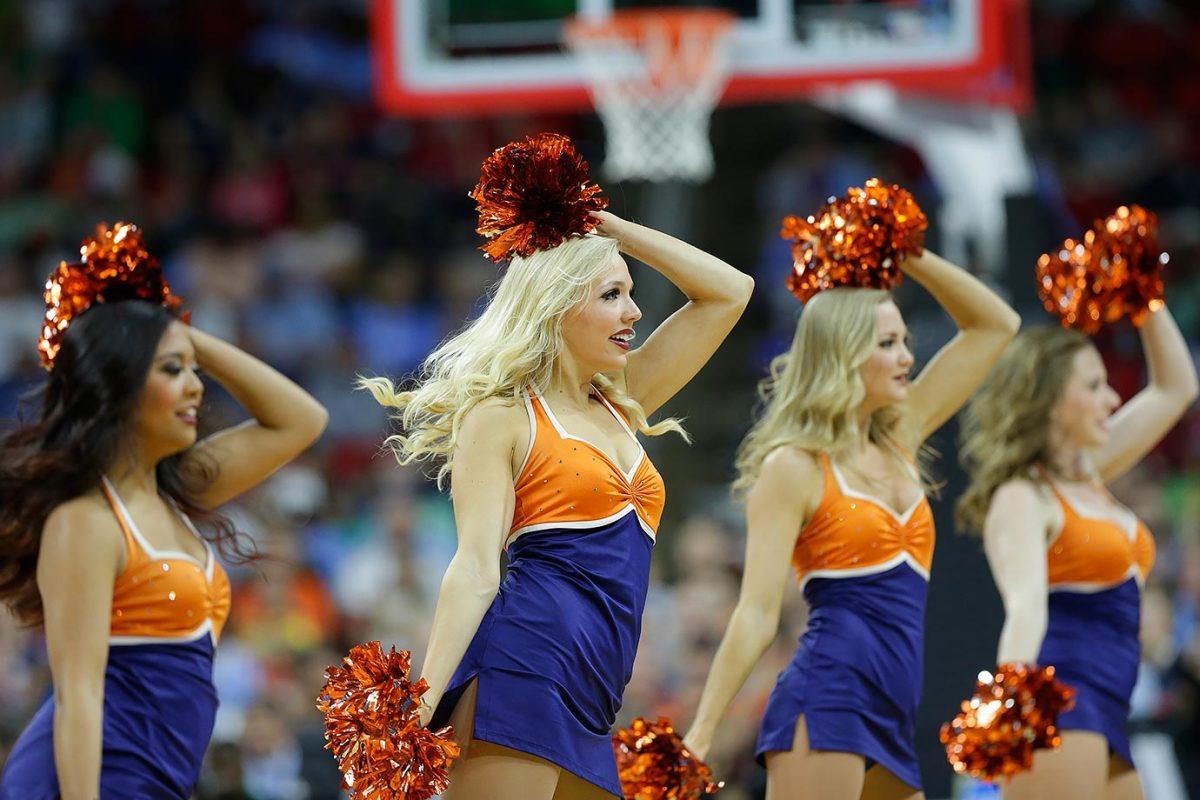 Virginia-cheerleaders-54cbb0ffe10b4ddd9837211530b71281-0.jpg
