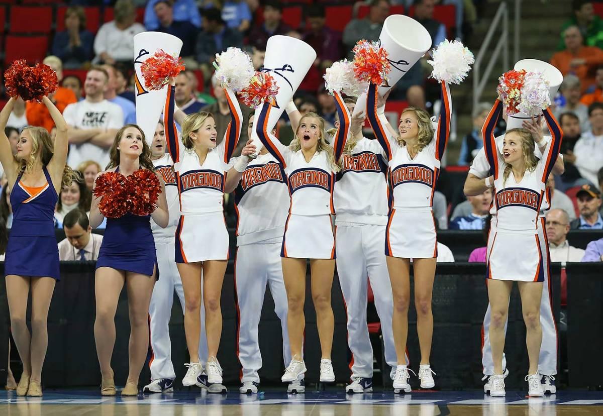 Virginia-cheerleaders-516582902.jpg