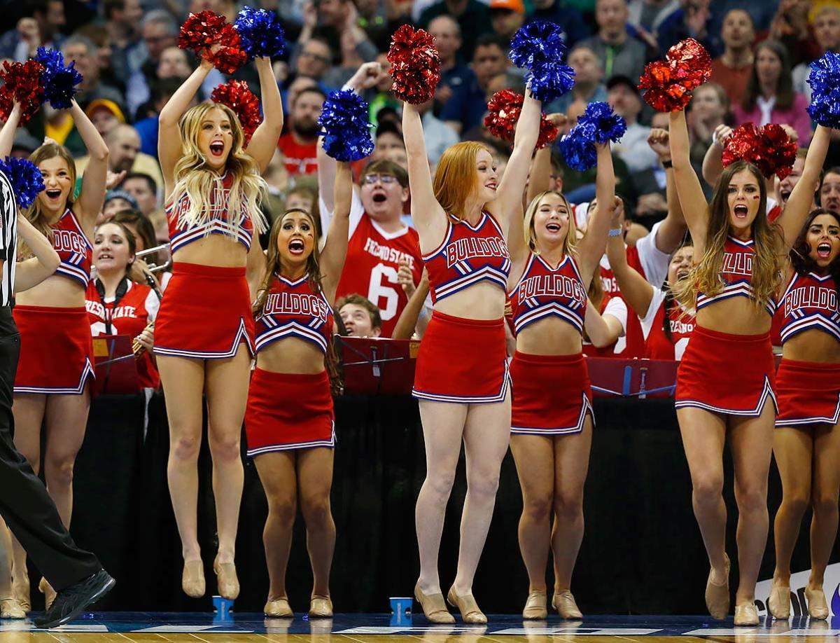 Fresno-State-cheerleaders-13d6bbd09a7540c4b0d57b116d8cccda-0.jpg