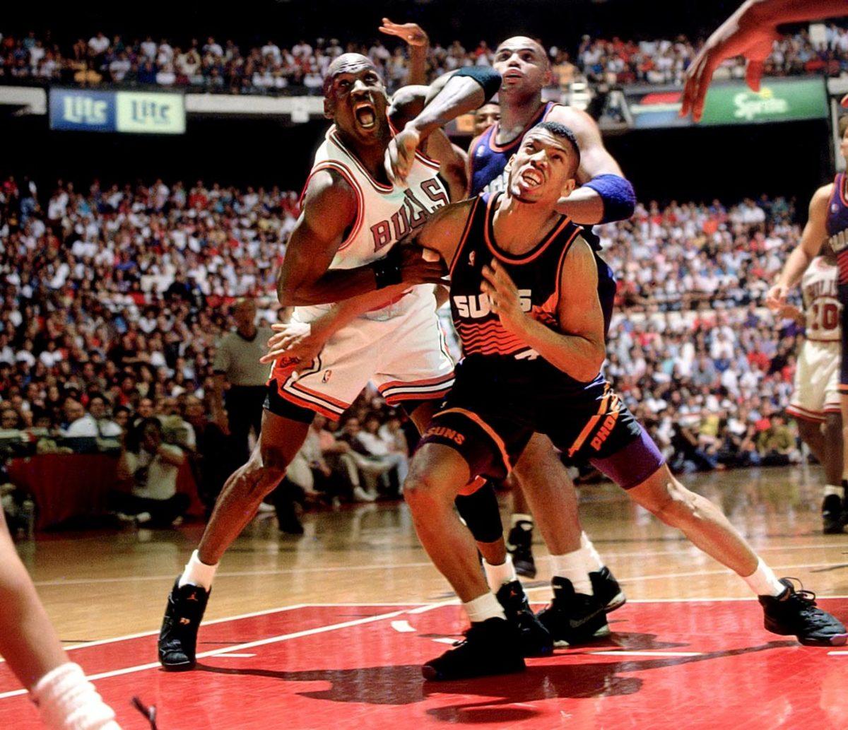 1993-0613-Michael-Jordan-Kevin-Johnson-Charles-Barkley-005102070.jpg