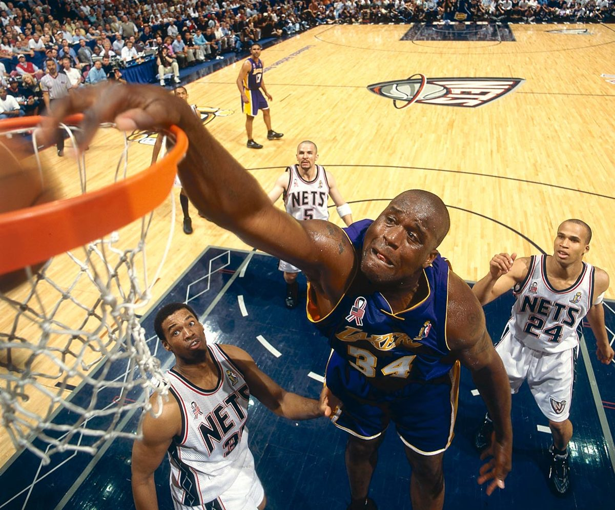22-2002-X-shaquille-oneal.jpg