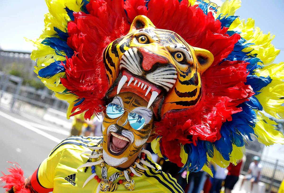 Colombia-fan-bc30db758f26497cb2ffe3c86ecf1c18-0.jpg