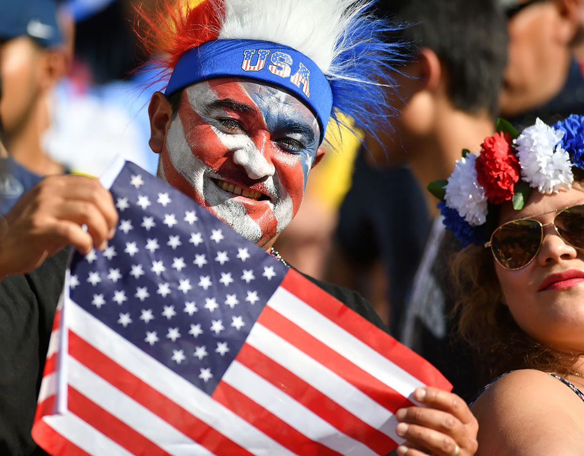 USA-fans-GettyImages-537951870_master.jpg