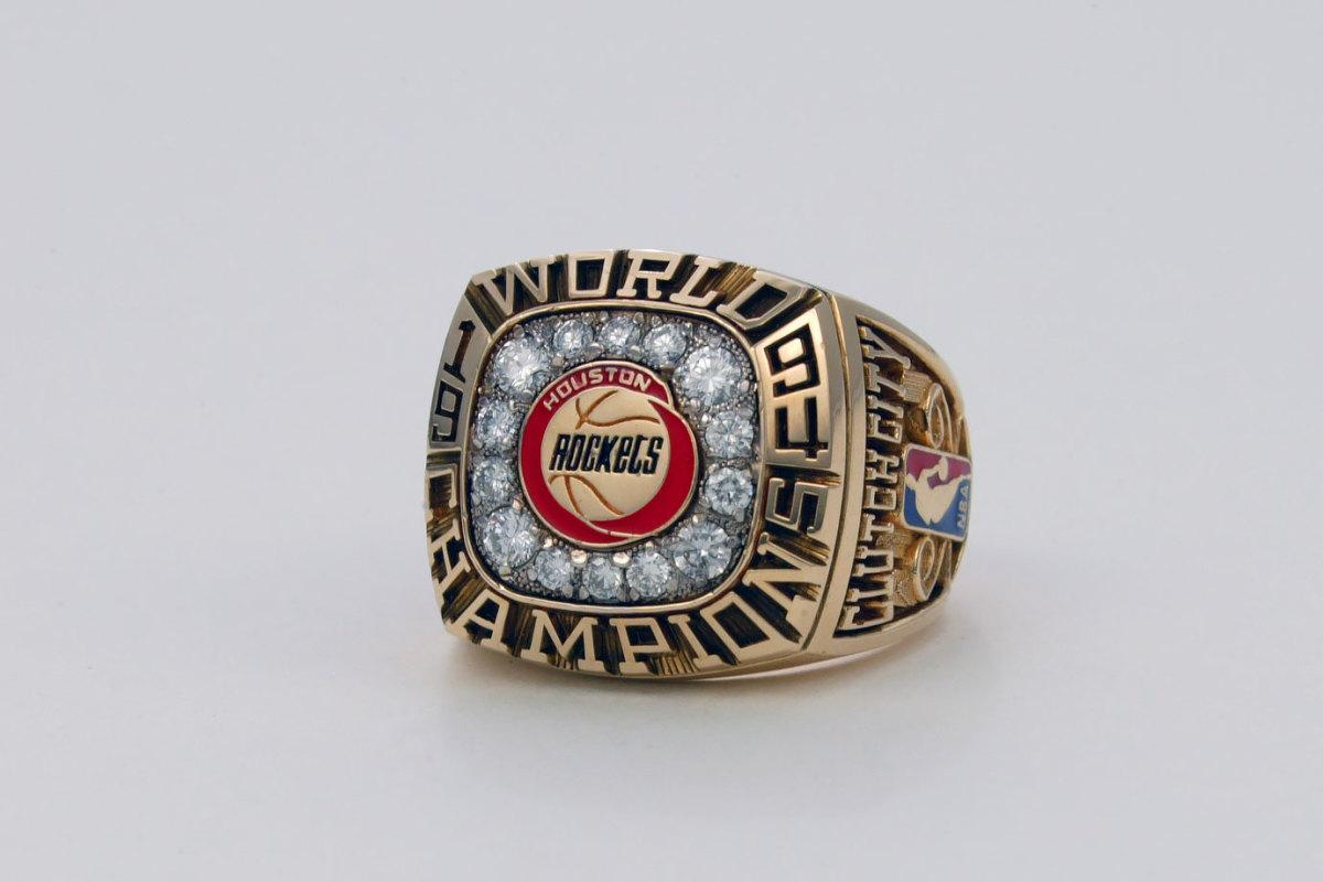 1994-Houston-Rockets-NBA-Championship-ring.jpg