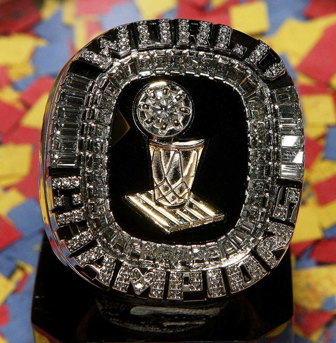 2006-Miami-Heat-NBA-Championship-ring.jpg